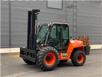 Ausa C351 Hx4, Dieseltrukit, Materiaalinkäsittely