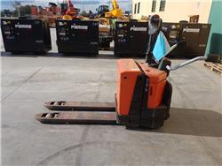 BT LPE 200 / 8, Carrelli elevatori bassi a piattaforma, Movimentazione materiali