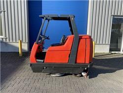 Hako matic B1100, Schromachine, 110 cm. Accu, Veegmachines voor binnen, Laden en lossen