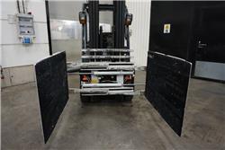 Hyster Cascade 28G-CCS-A21XL, Bale Clamps, Material Handling