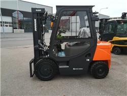 Doosan D30 G, Dieseltrukit, Materiaalinkäsittely