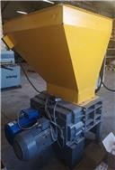 Untha RS40, Crushers, Construction