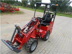 Attack 800 K22, Kompaktie traktori, Komunālā tehnika