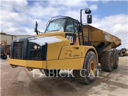 Caterpillar 740B, Knik dumptrucks, Bouw
