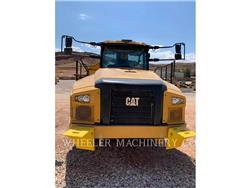 Caterpillar 745 TG, Dúmpers articulados, Construcción