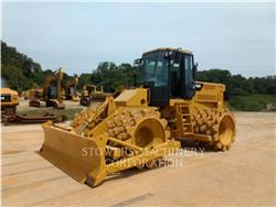 Caterpillar 815F2, Dozers, Construction