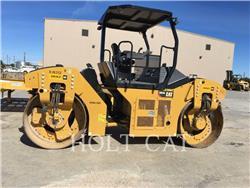 Caterpillar CB54B、振動ローラ、建設
