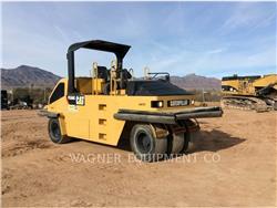 Caterpillar PS-360C、空気式タイヤ・コンパクタ、建設