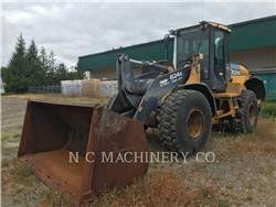 John Deere 624K, Incarcator pe pneuri, Constructii