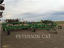 John Deere JD2210, equipo de labranza agrícola, Agricultura