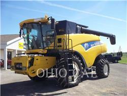 New Holland CR9040, combine, Agricultură