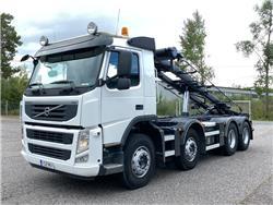 Volvo FM500 8x4 rautajousinen vaihtolava-auto, Vaihtolava-autot, Kuljetuskalusto