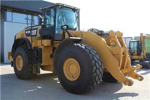 Caterpillar 980M, Wielladers, Bouw