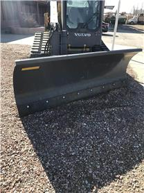 Volvo 96 HD HYD ANGLE SNOW BLADE, Plows, Construction Equipment