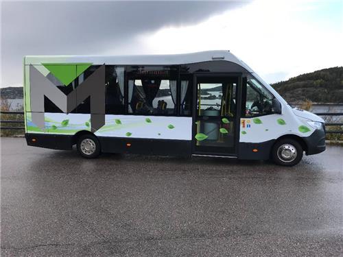 Mercedes-Benz Mellor Strata Lågenter Buss, 22 pass