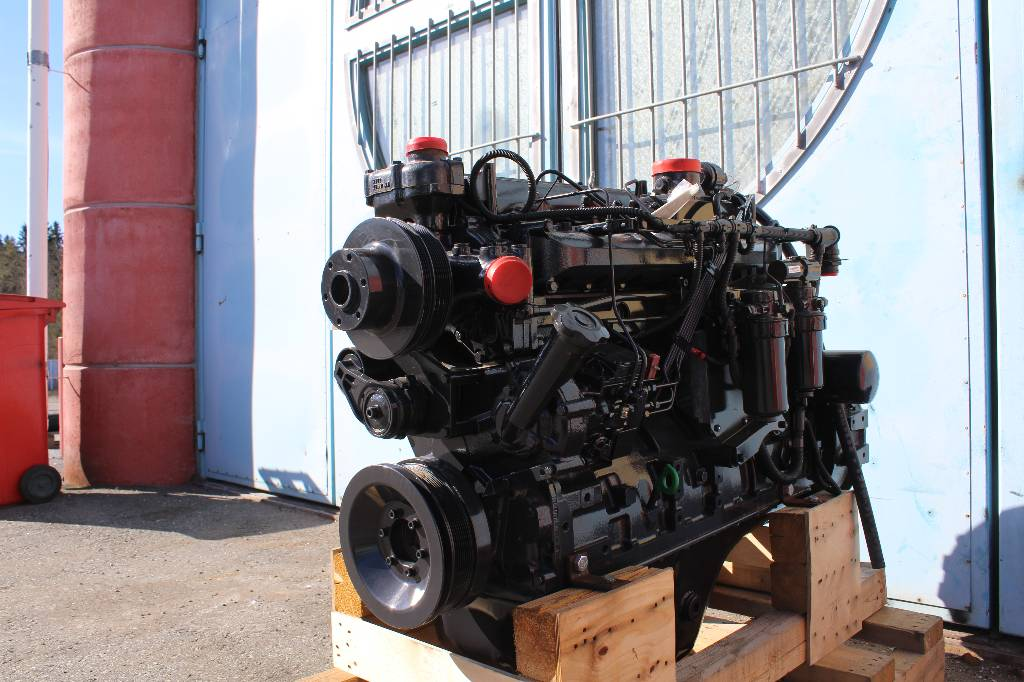 International DTA 530E, Engines, Forestry