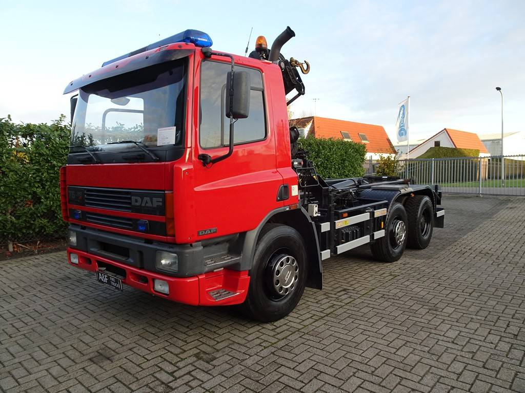 DAF 75-240 ATI hook lift/Haakarm, Vrachtwagen met containersysteem, Transport