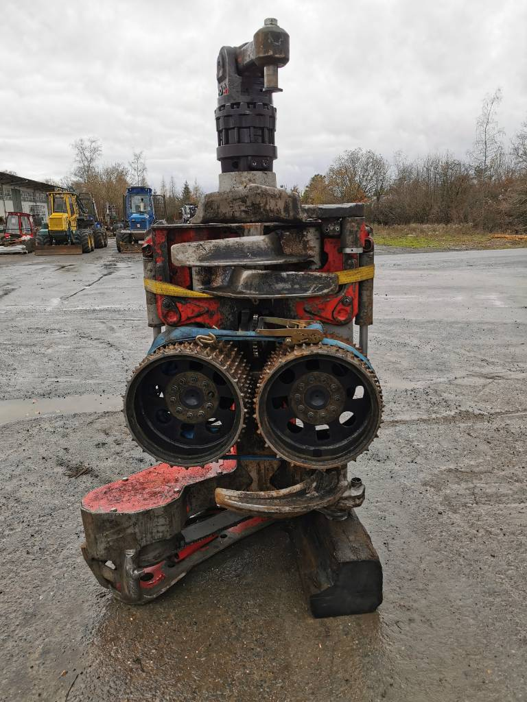 Log Max 5000D, Harvester heads, Forestry