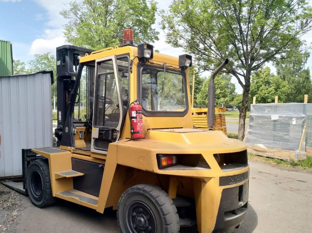 Caterpillar DP 70, Dieseltrukit, Materiaalinkäsittely
