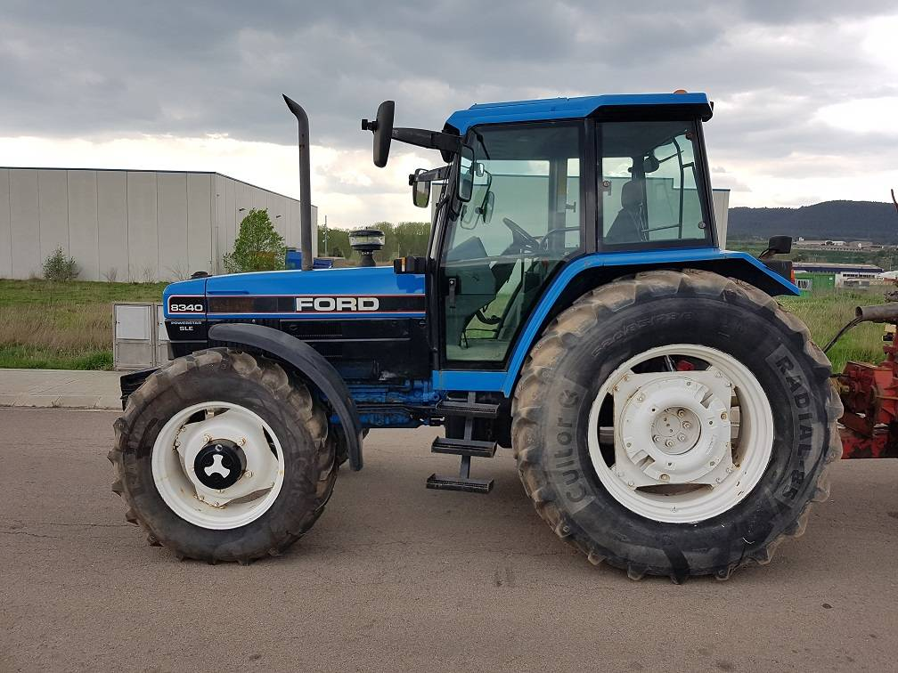Ford New Holland 8340 DT