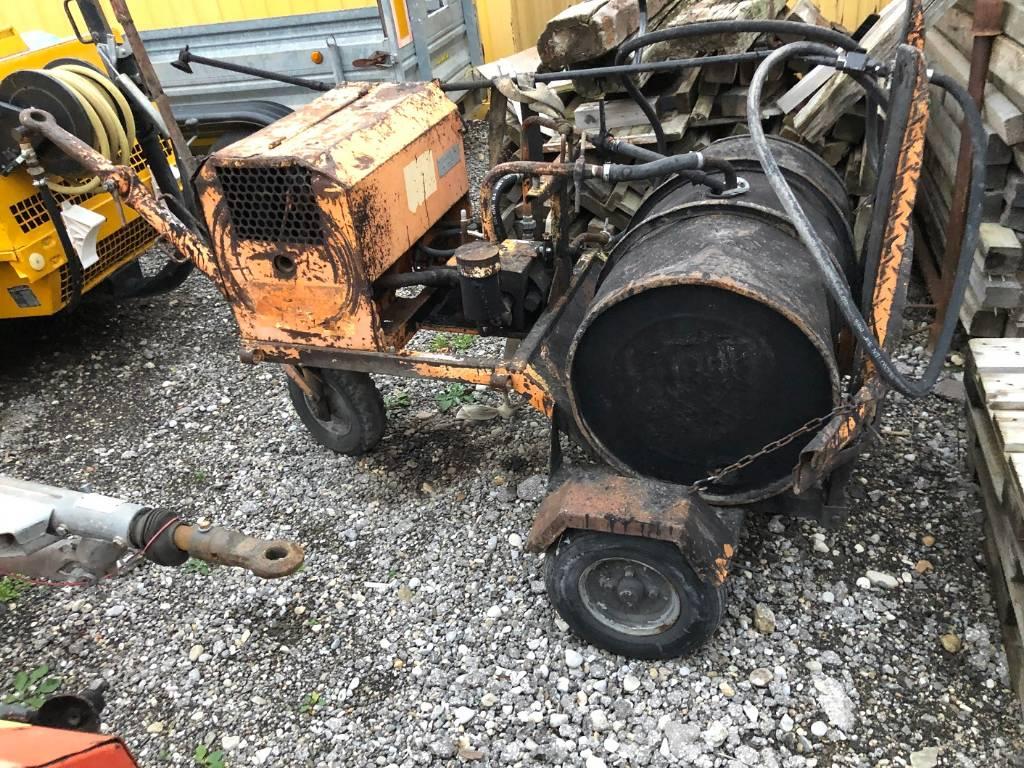 Strassmayr AF4-HY, Bitumen Sprayer, Baumaschinen