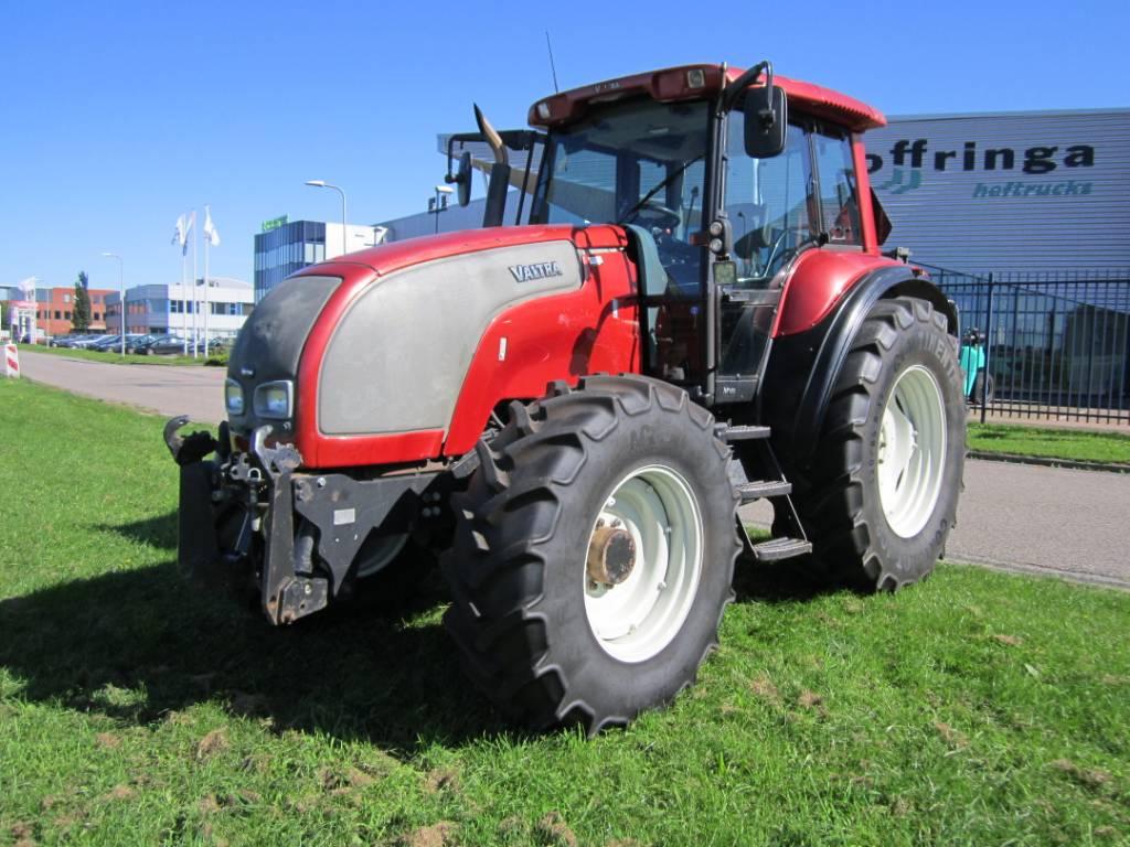 Valtra M130, Tractoren, Landbouw
