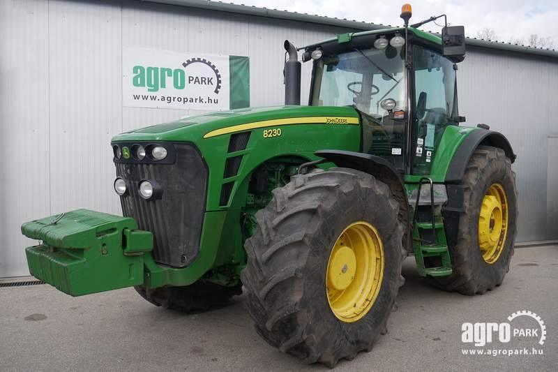 John Deere 8230 ILS (9567 hours), Tractor with PShift