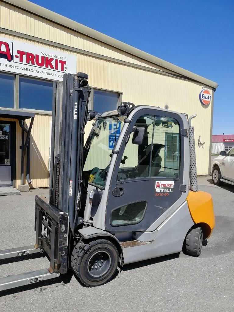 Still RX70-35, Dieseltrukit, Materiaalinkäsittely