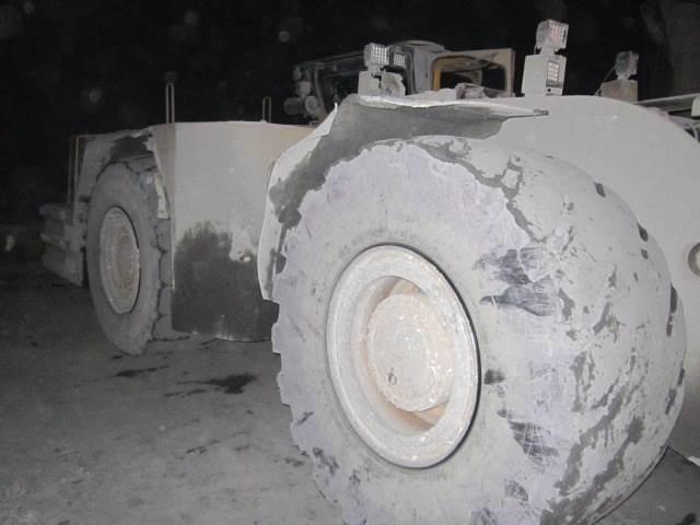 Caterpillar R 2900 G, Gruvlastare, Entreprenad
