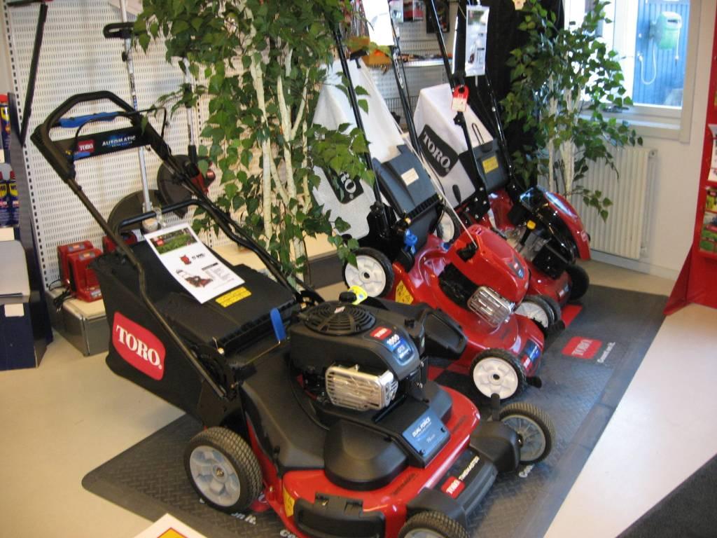 Toro gräsklippare, Gågräsklippare, Grönytemaskiner