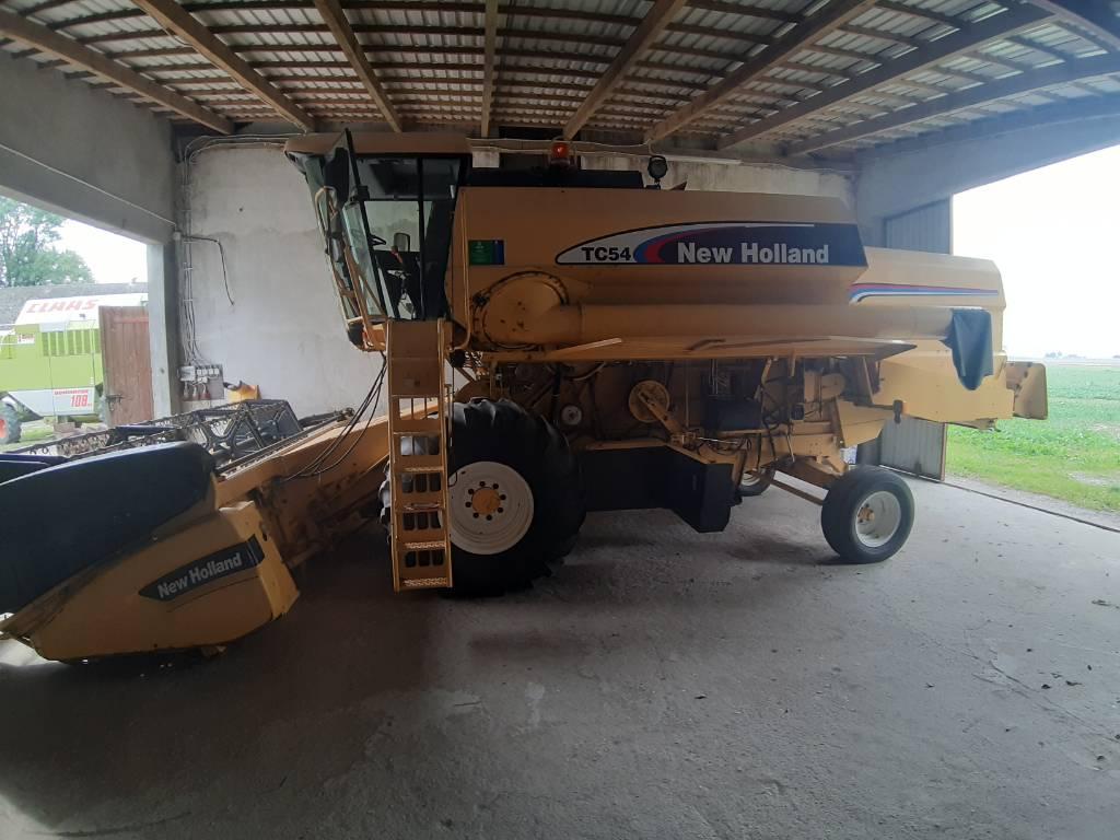 New Holland TC54, Kombajny zbożowe, Maszyny rolnicze