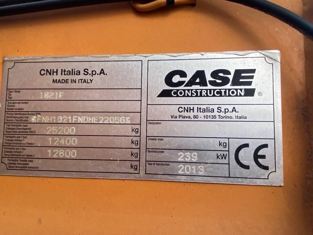 CASE 1021 F, Wielladers, Bouw