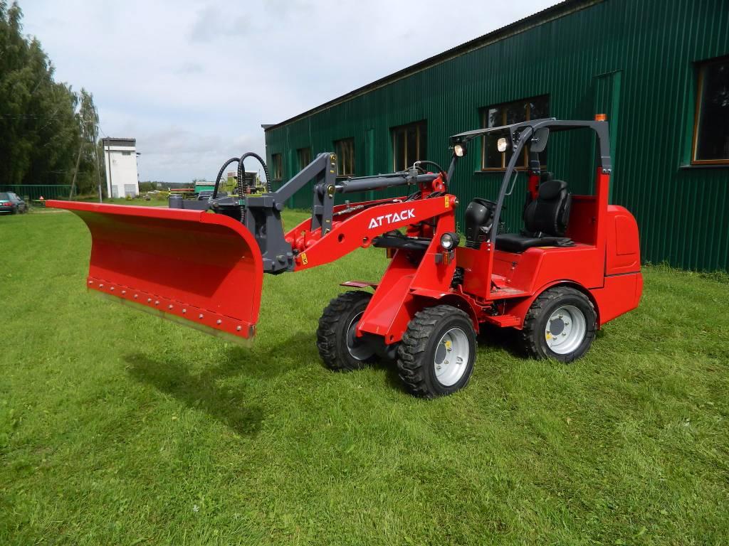 Attack 820 K36, Kompaktie traktori, Komunālā tehnika