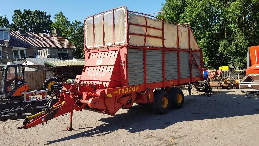 Taarup opraapwagen 1030, Overige hooi- en voedergewasmachines, Landbouw