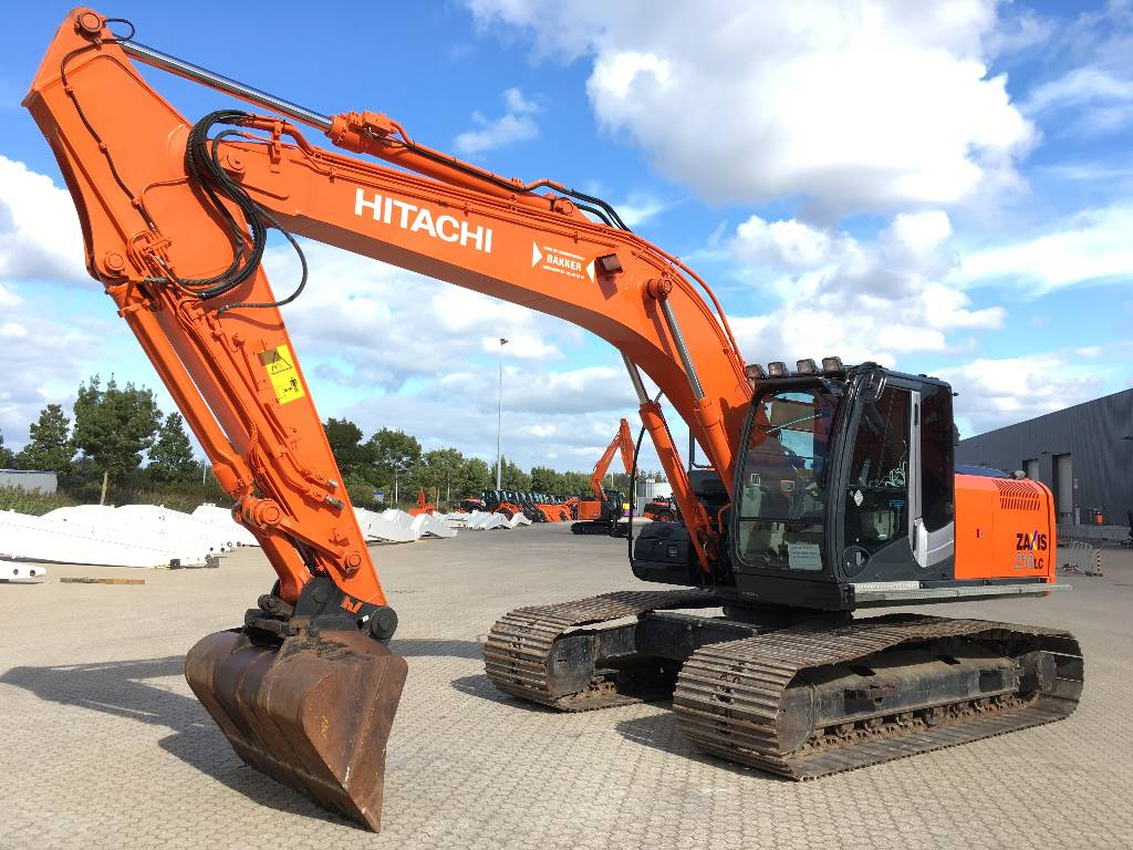 Hitachi ZX210LC-3, Crawler Excavators, Construction Equipment