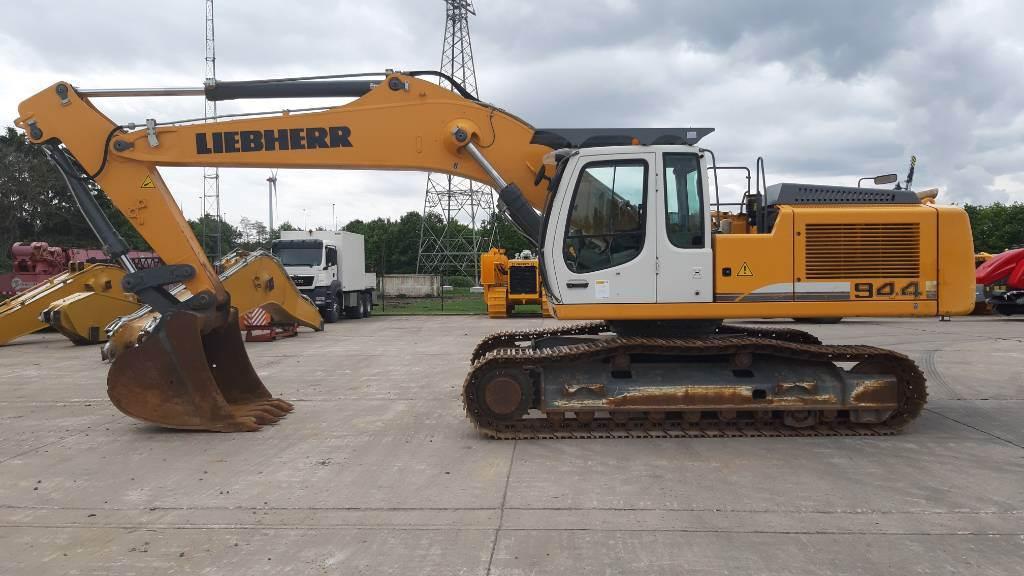 Liebherr R 944C LC, Crawler excavators, Construction