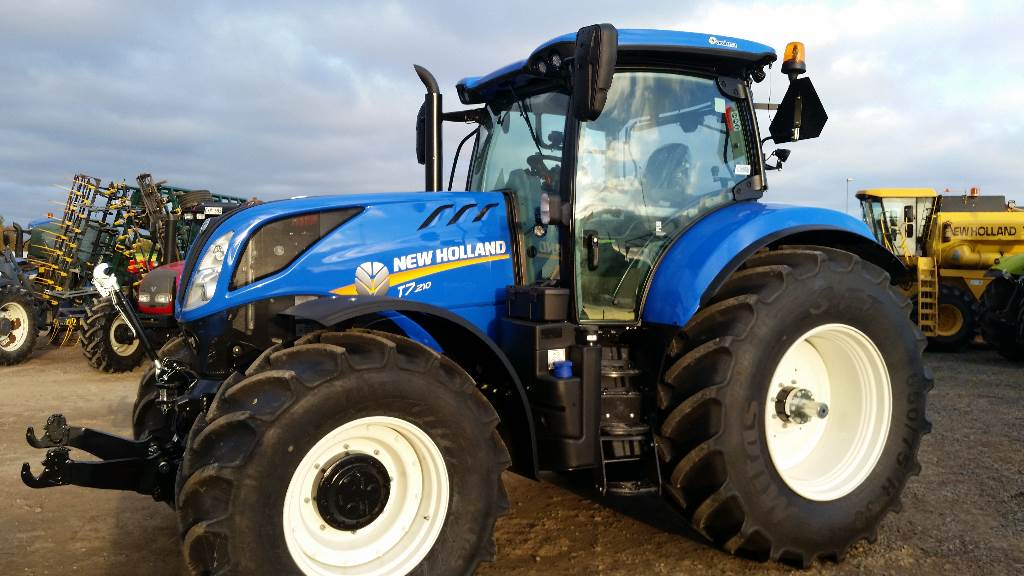 New Holland Tractor Specials : Used new holland t rc axima special tractors year