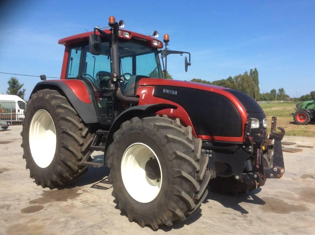 Valtra T140, Tractoren, Landbouw