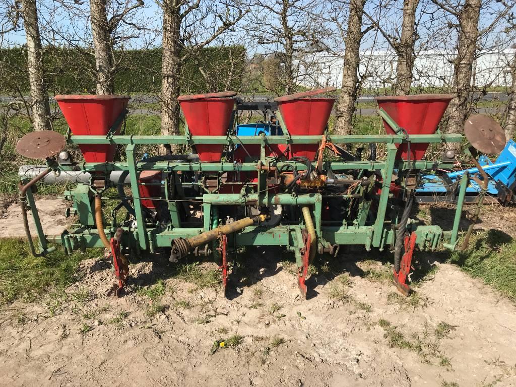 Nodet maiszaaier, Zaaimachines, All Used Machines