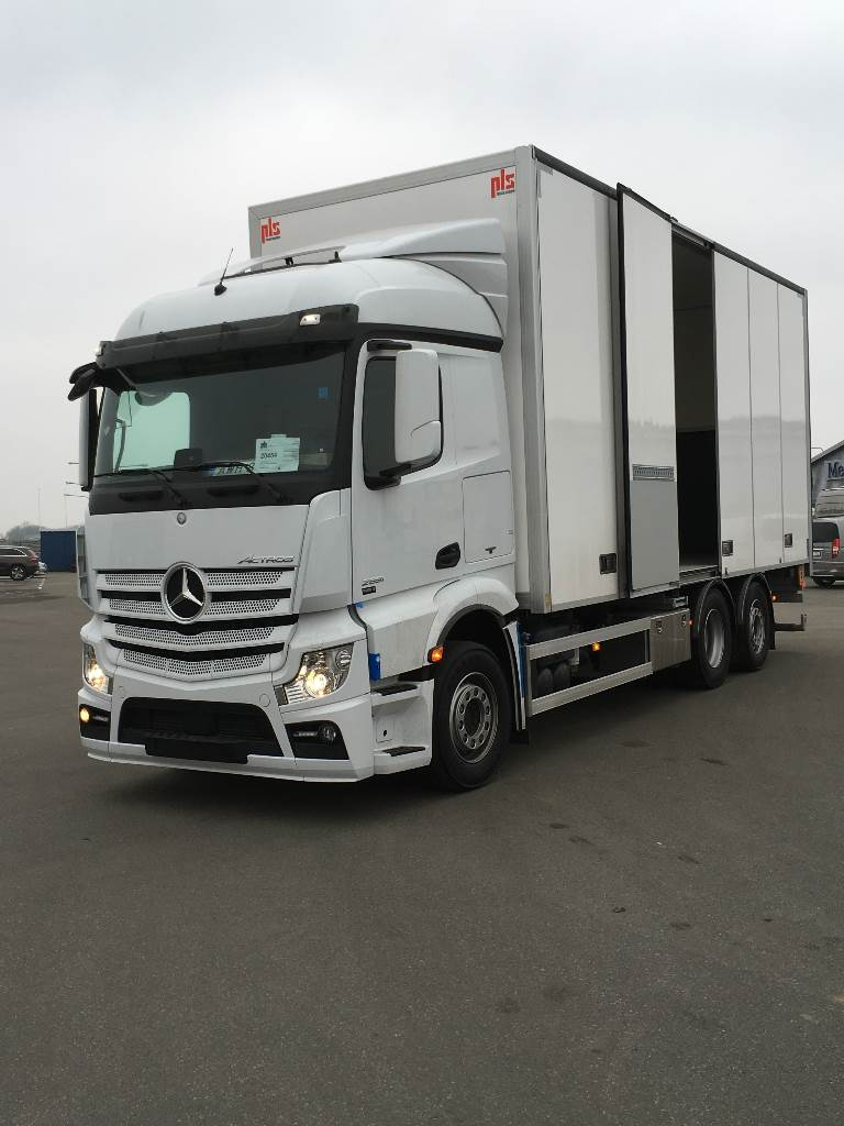 Used mercedes benz actros 2551 box trucks year 2016 price for Mercedes benz trucks for sale in usa