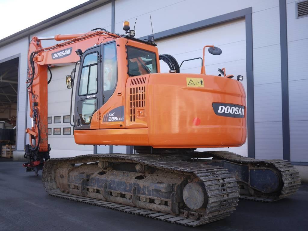 Doosan DX 235 LCR, Telakaivukoneet, Maarakennus