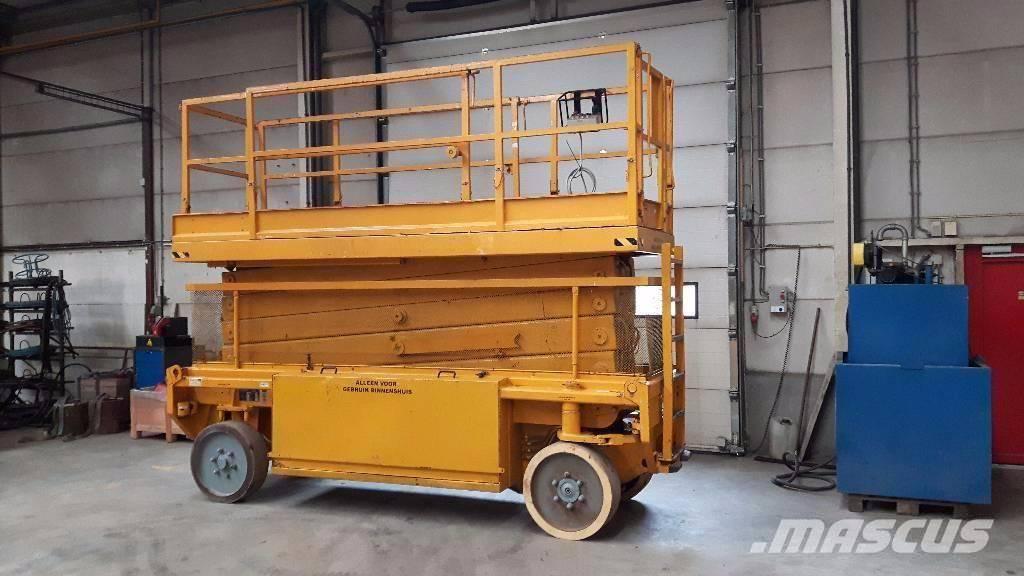 Liftlux S 153-12, Schaarhoogwerkers, Bouw
