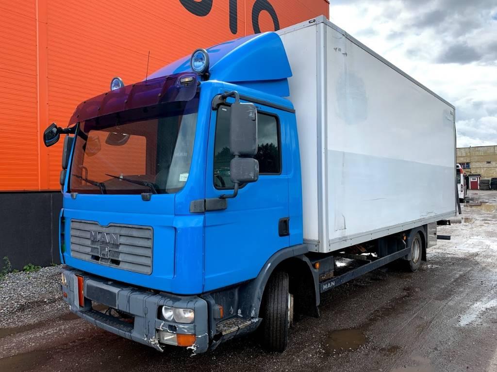 MAN 8,210 Euro 4, Box trucks, Trucks and Trailers