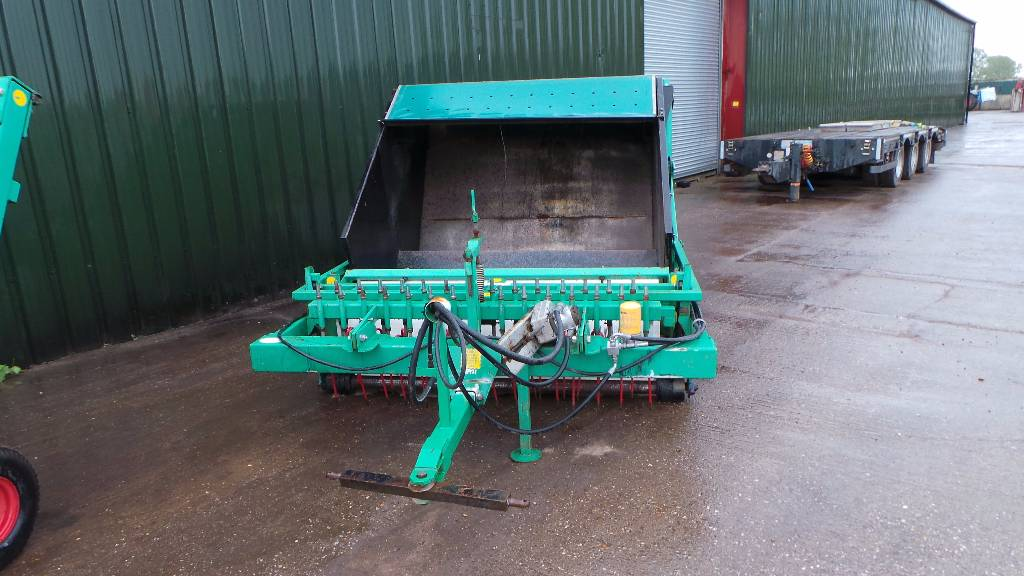 Nicholson PC1800 PADDOCK CLEANER, Sweepers, Groundcare