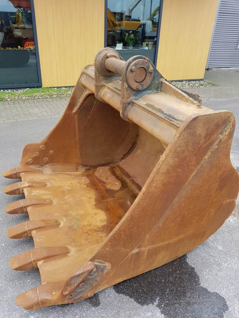 Hyundai Digging Bucket - HX 330 L, Buckets, Construction Equipment