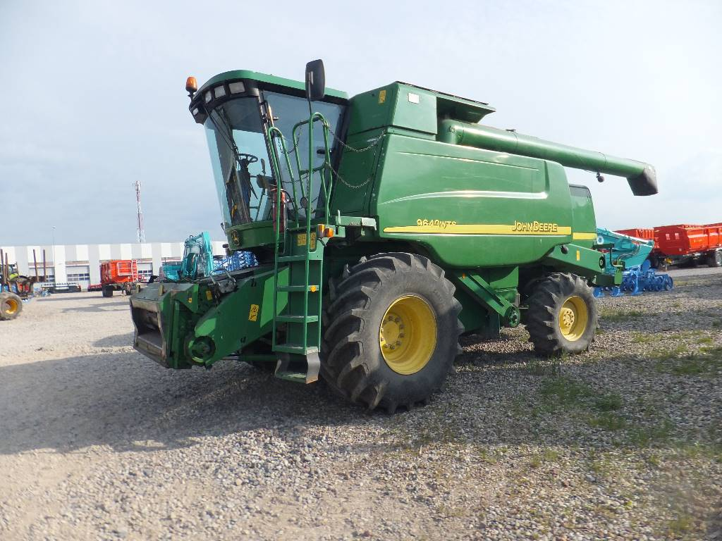 John Deere 9640 WTS, Combine harvesters, Agriculture