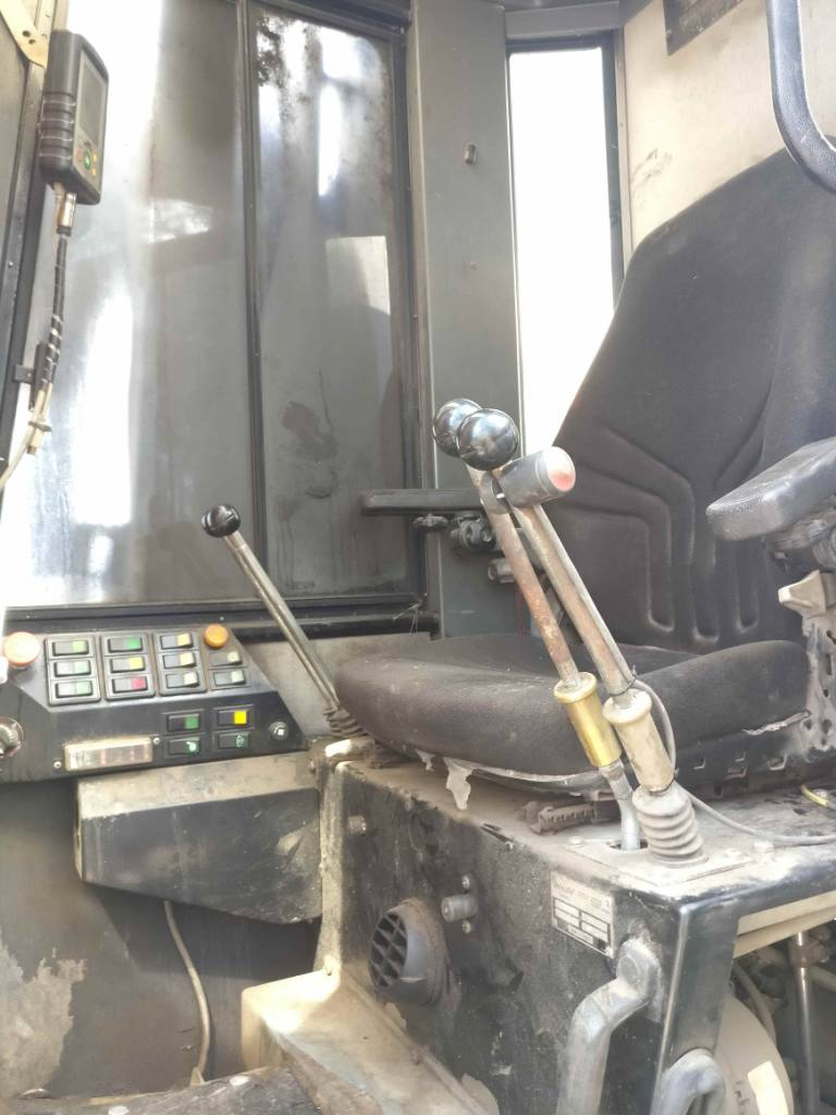 Loglift F105ST, Puutavaranosturit, Kuljetuskalusto