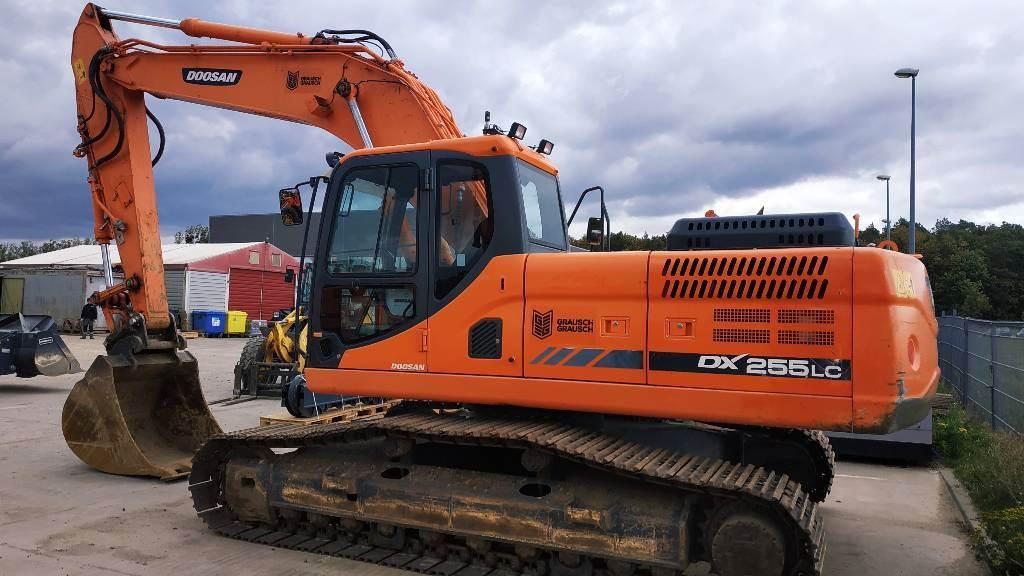 Doosan DX 255 LC-3, Crawler Excavators, Construction Equipment