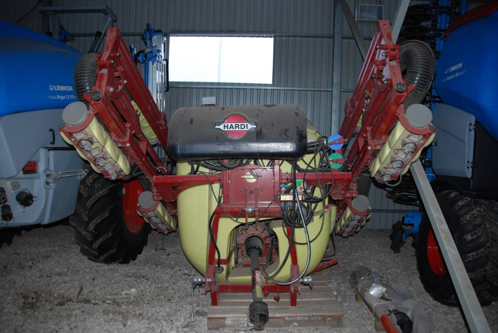 Hardi ZENIT 1200, Mounted sprayers, Agriculture