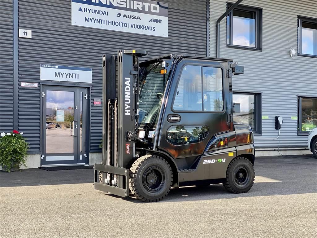 Hyundai 25D-9V - STAGE V - UUSI MALLISARJA, Dieseltrukit, Materiaalinkäsittely
